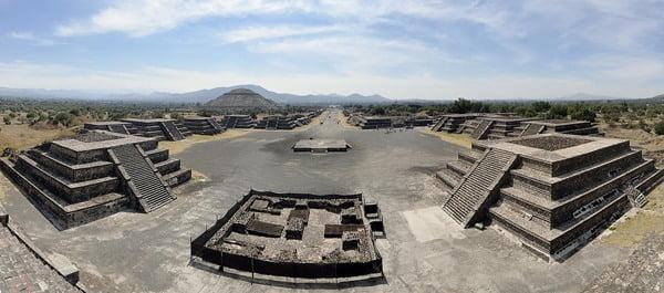 Teotihuacán está abierto, pero con algunas restricciones. Foto Makalu en Pixabay
