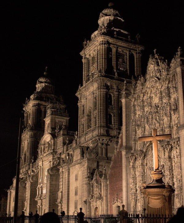 La Catedral Metropolitana, mezcla de estilos y tendencias. Foto Pixabay