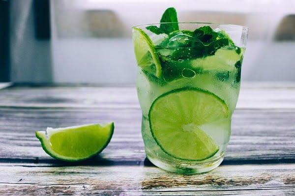 Mint tonic, ligero y refrescante. Foto Pixabay