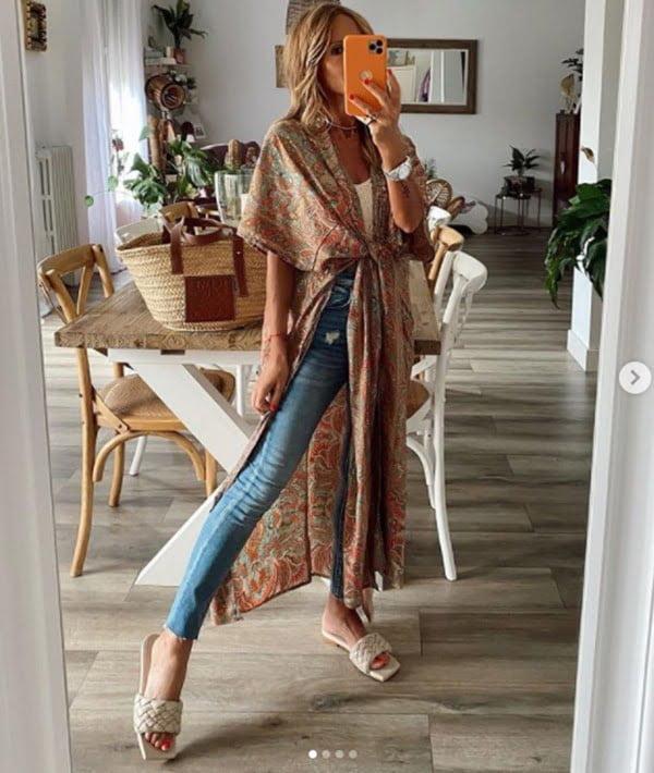 Apuesta por sandalias y calzado de inspiración étnica. Foto Instagram @mdfhima