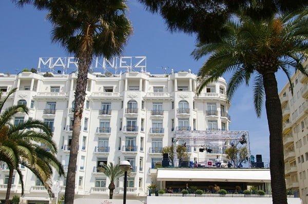 En la Croisette están algunos de los hoteles más famosos. Foto @palomamoraguerrerophotography