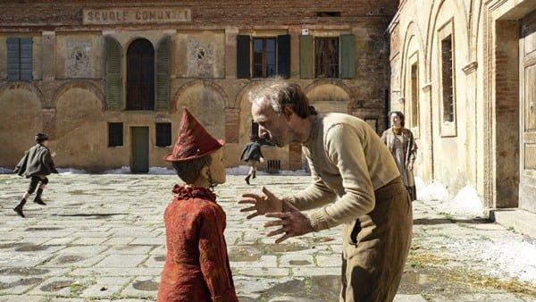 La película italiana Pinocchio sorprendió por du vestuario