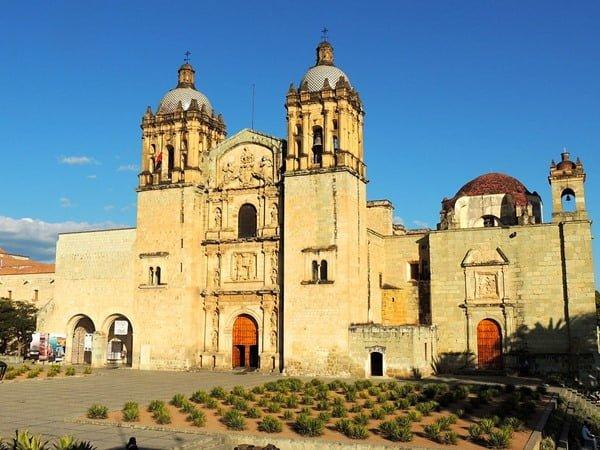 Santo Domingo, en Oaxaca, una de las iglesias más hermosas. Foto Öskr Rck Licencias Creative Commons