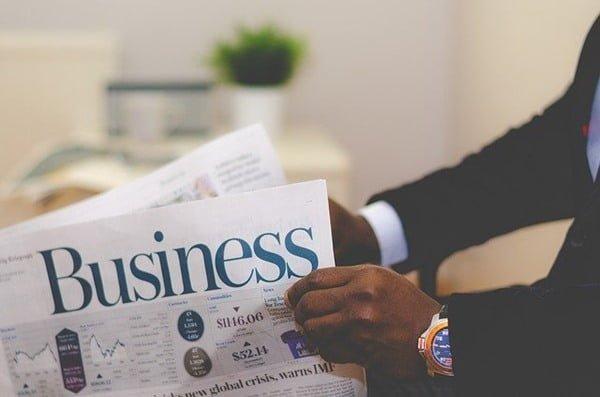 Hacer negocios es otra forma para obtener la residencia española. Foto Free-Photos en Pixabay